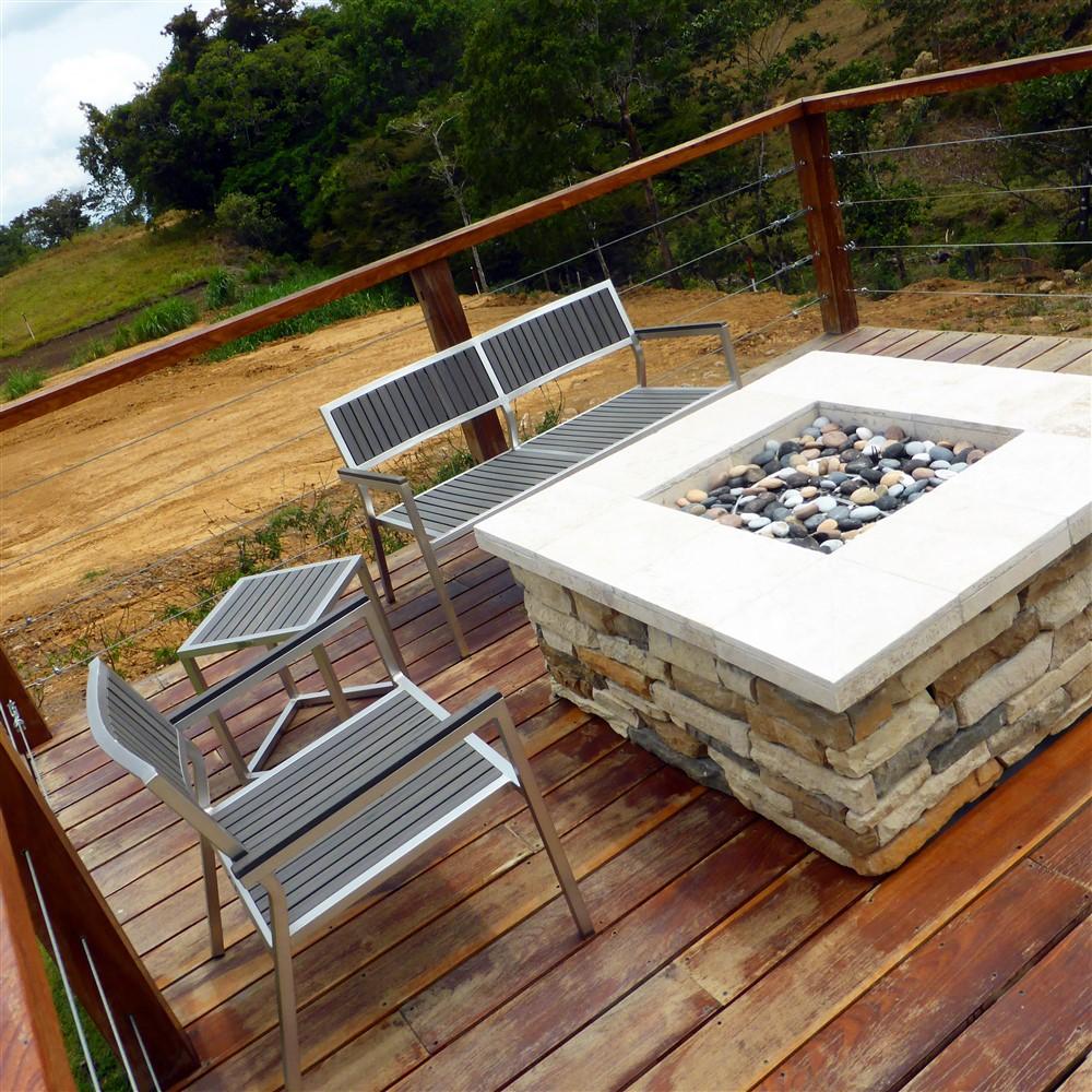Fire pit boquete panama real estate property houses for Boquete piscina