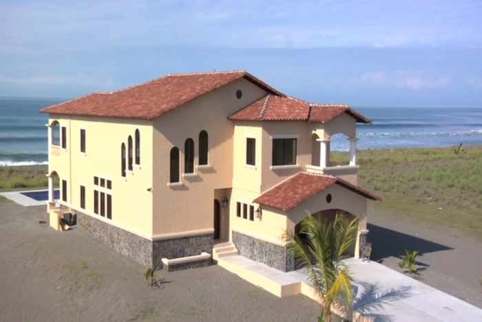 Large And Luxurious Beach House In Panama Lujosa Casa De Playa En La Barqueta Venta