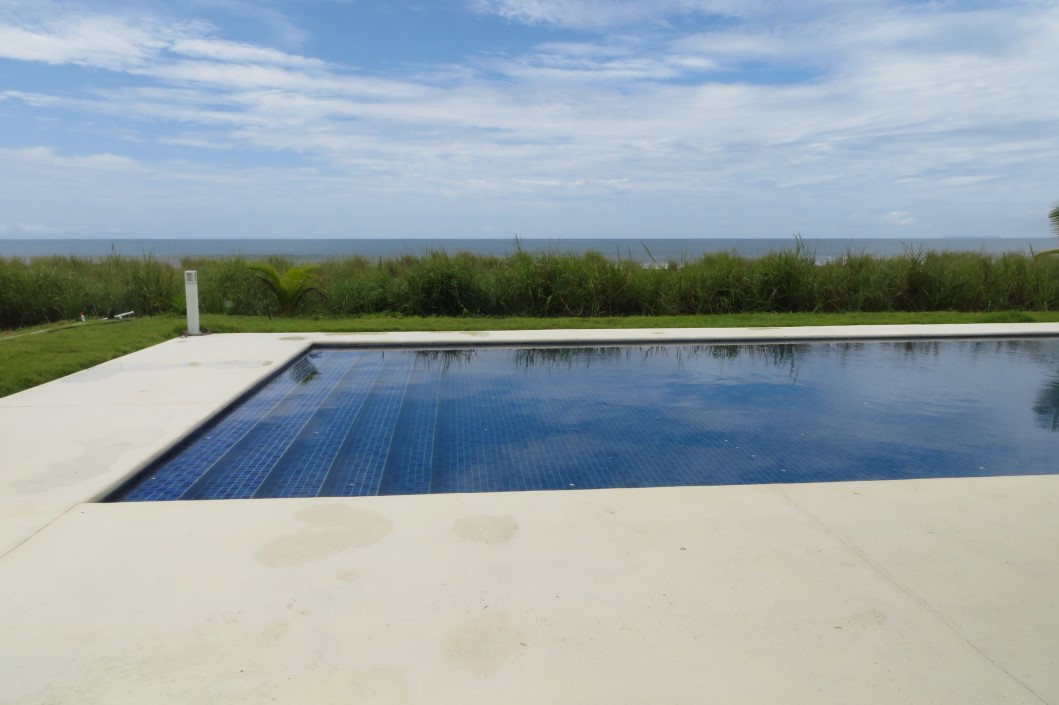 Img 9288 boquete panama real estate property houses for Boquete piscina