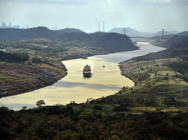 Panama Canal in USA today 650