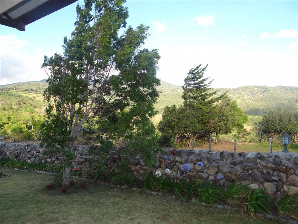 Alto boquete house for sale with swimming pool mountain for Boquete piscina