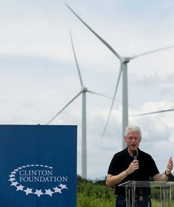 clinton in panama wind