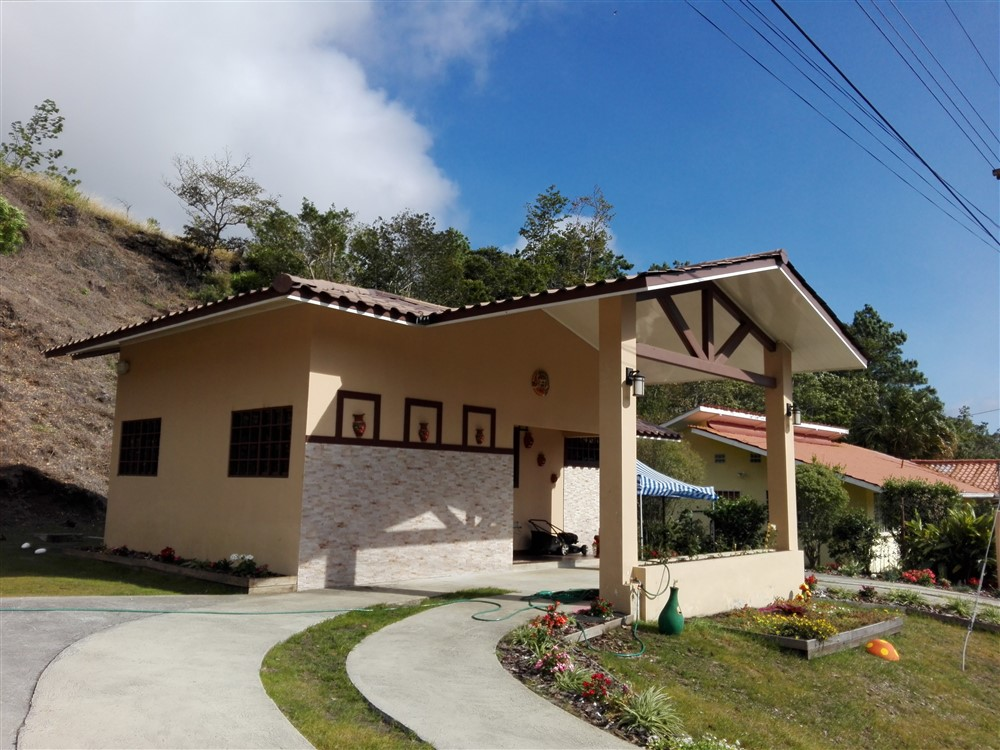 Panama Furnished House For Rent In Santa Lucia Boquete